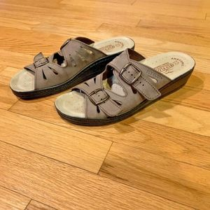 Fly Flot Dana Anti-Shock Tan Brown Sandals 8 - 8.5